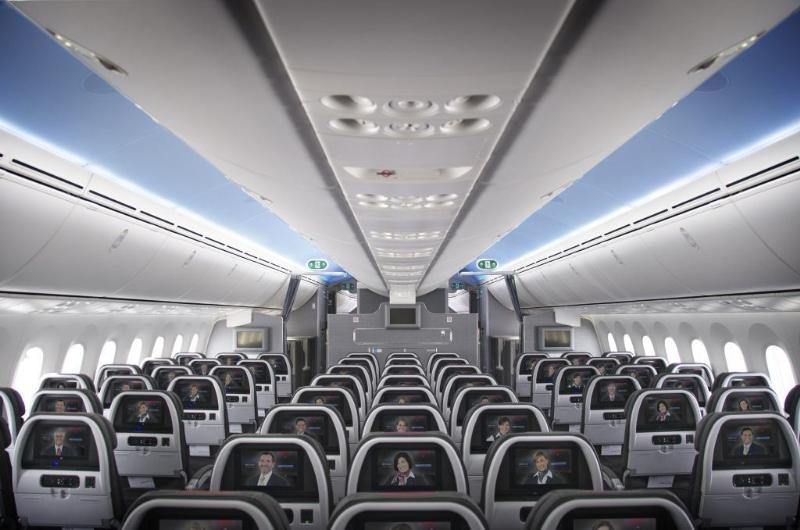 Main Cabin on board American Airline's new Boeing 787. Image courtesy of American Airlines.