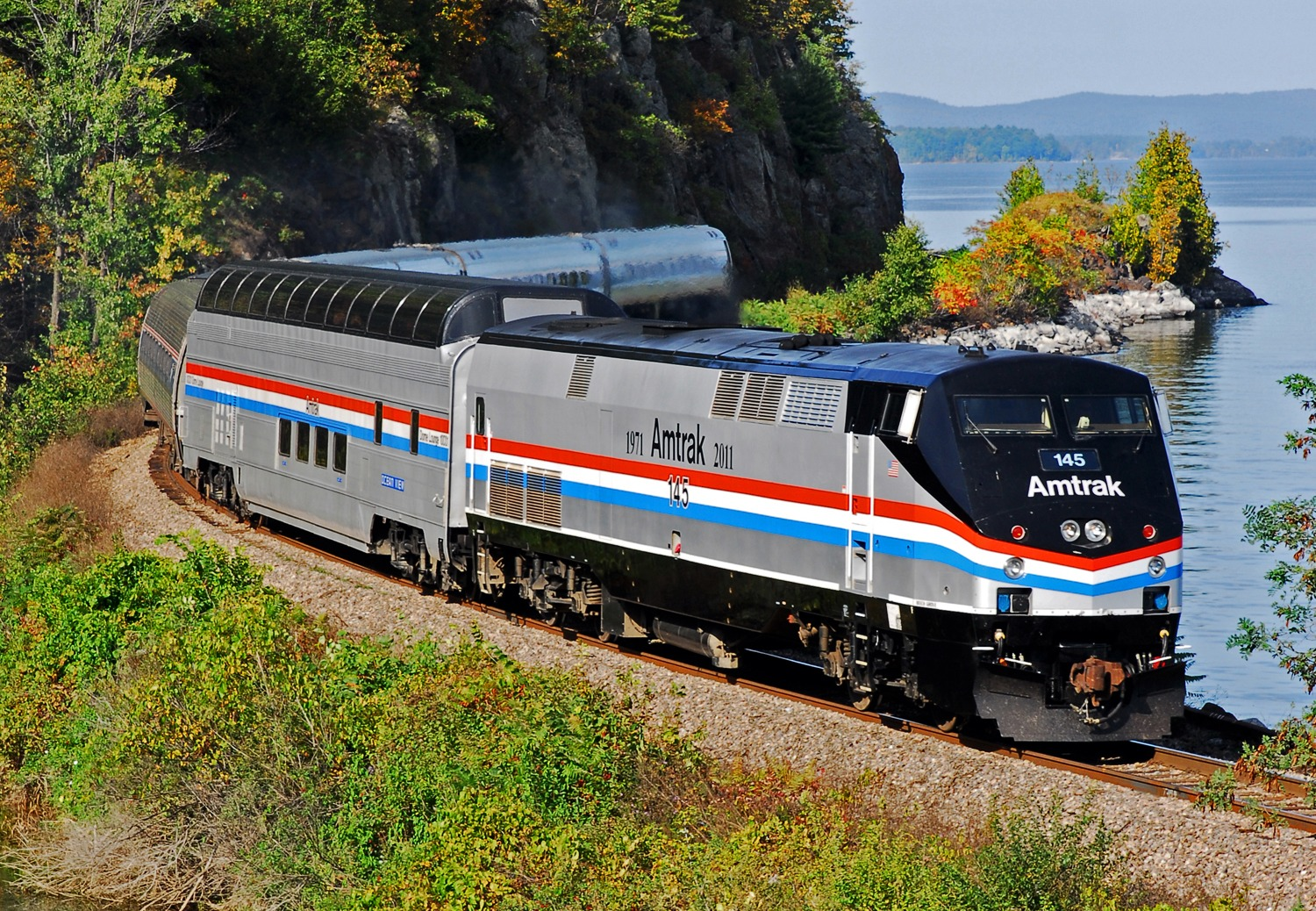 Amtrak Adds Glass Topped Great Dome To Adirondack For