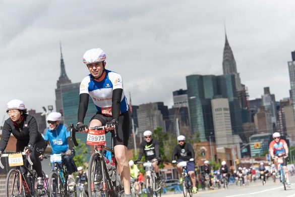 One of the many cyclists taking part in the 2017 TD Five Boro Bike Ride. Image: Bike NYC