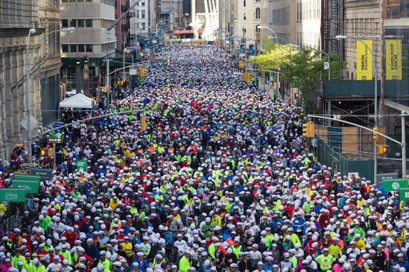 Thousands of cyclists getting ready to step off in the TD Five Boro Bike Ride. Image: Bike NYC