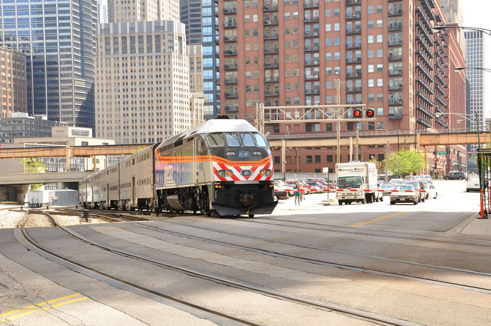 Metra arriving Chicago